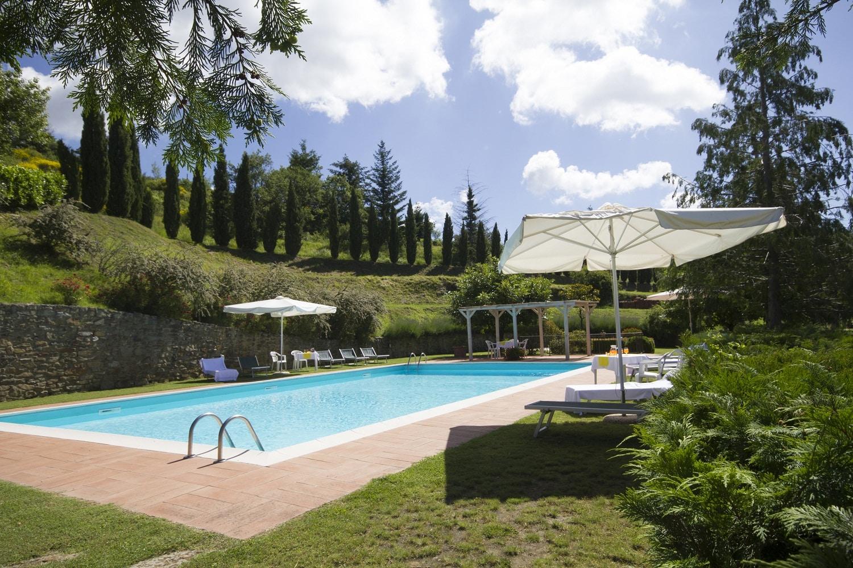 Borgo la capraia la tua vacanza in borgo medievale in toscana - B b toscana con piscina ...